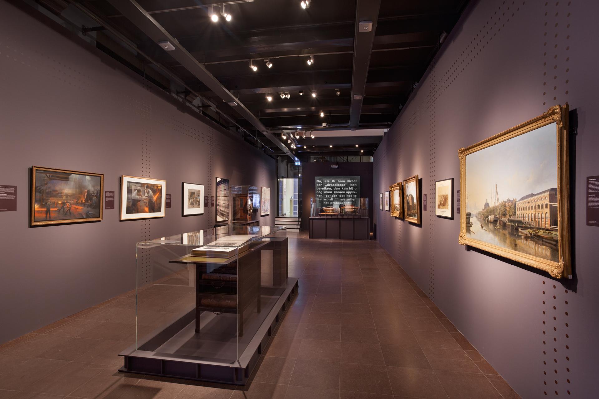tentoonstellingsontwerp ijzeren eeuw amsterdam museum 08 jpg