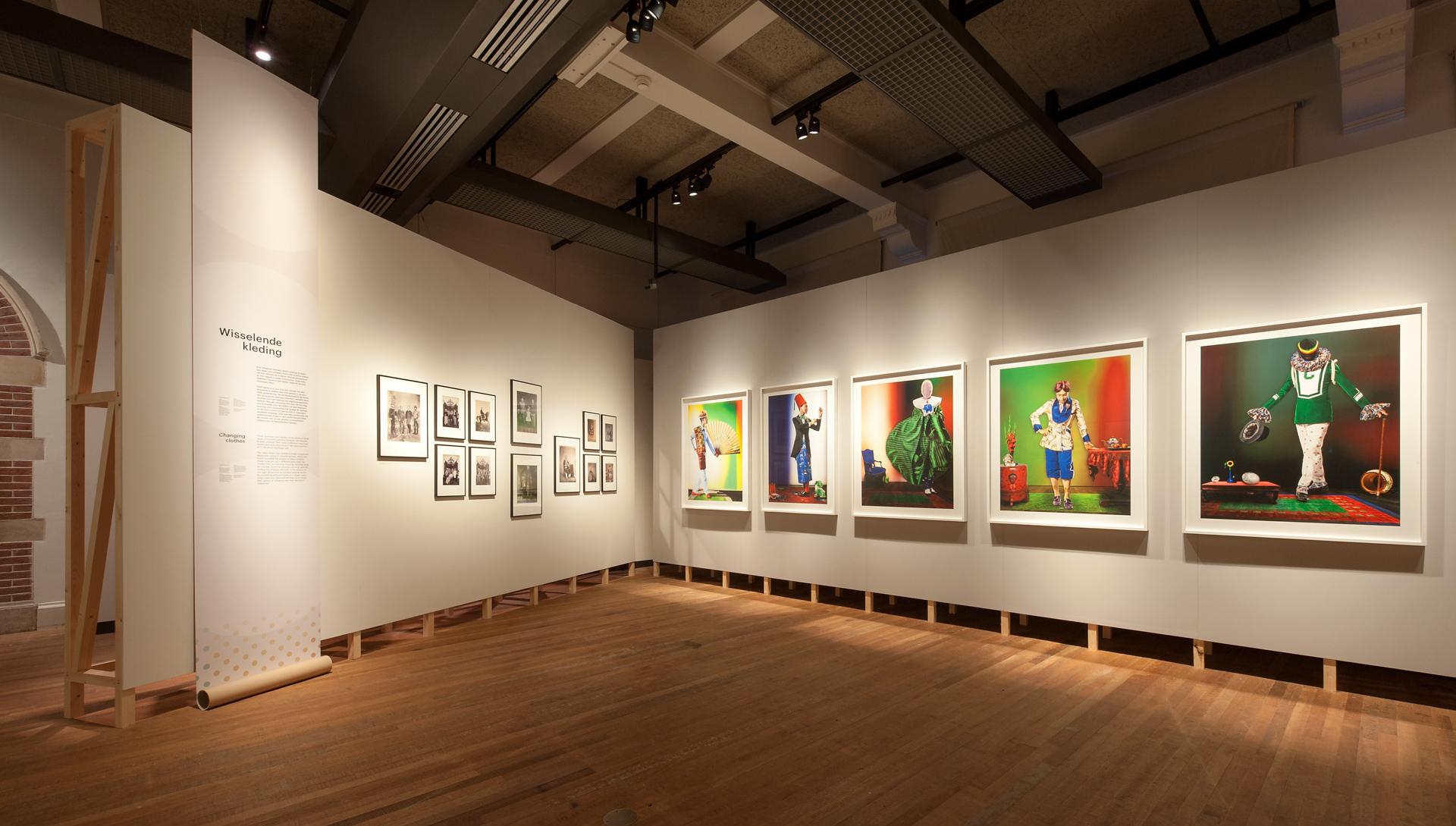 tentoonstellingsontwerp look at me tropenmuseum 09 jpg