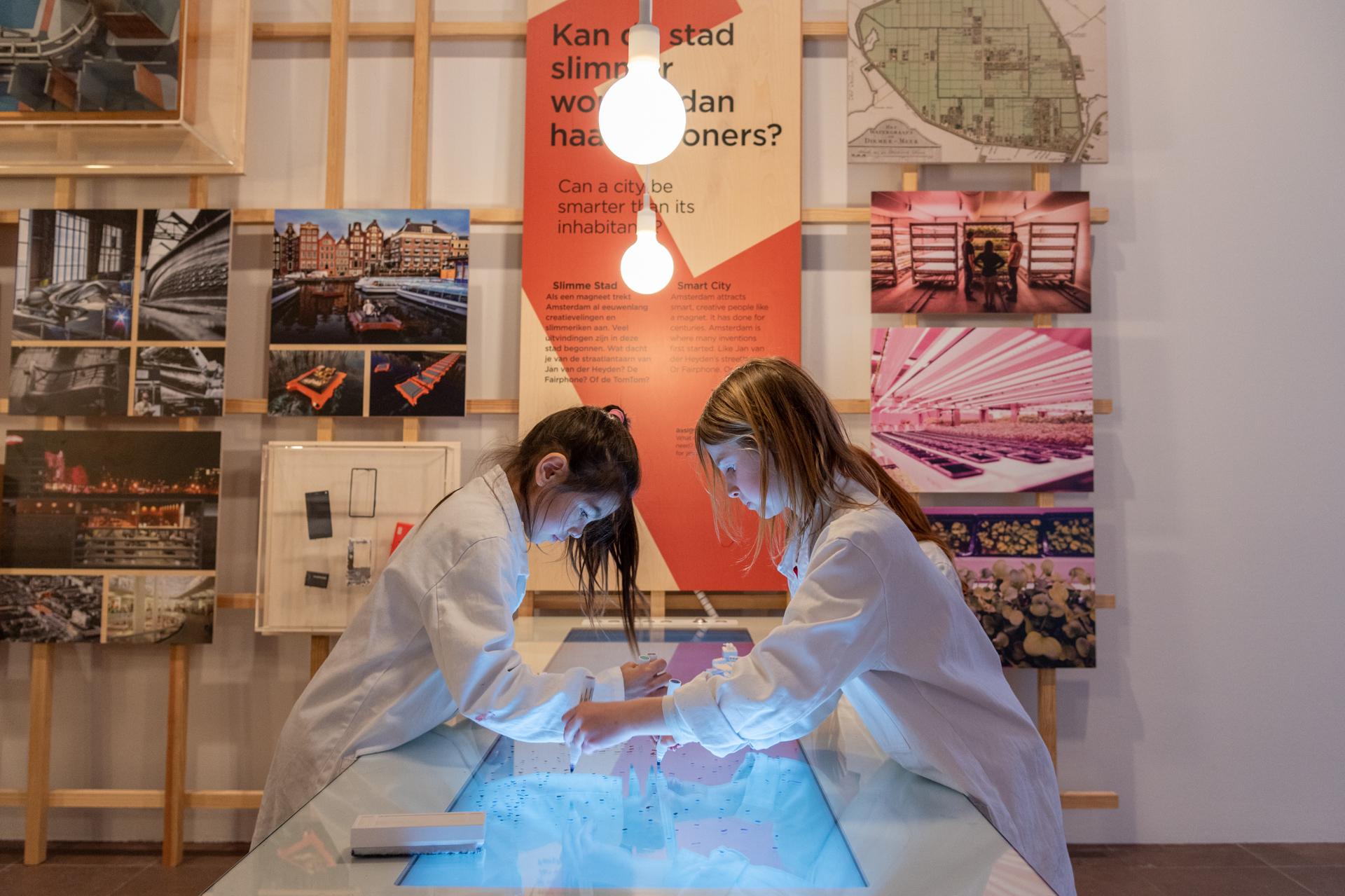 tentoonstellingsontwerp stadslab2 amsterdam museum 6 jpg